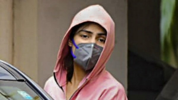 Rhea Chakraborty's Licensed legit To Desire Correct Action Towards These Who Defamed Her, Slams Dimple Thawani