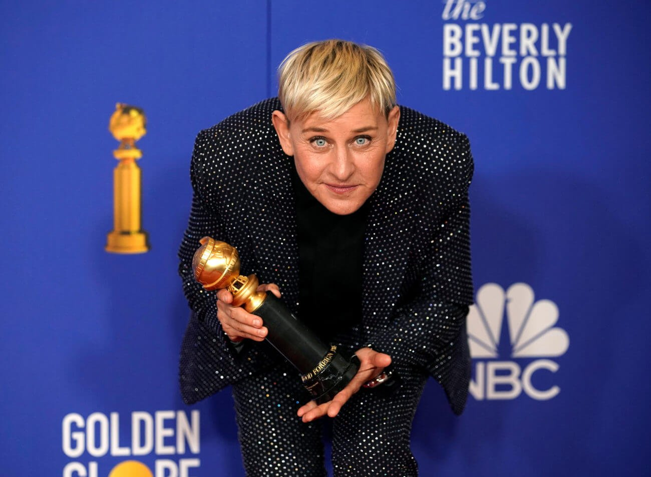 Ellen DeGeneres Lures in a Dwell Studio Viewers – Correct through a Pandemic