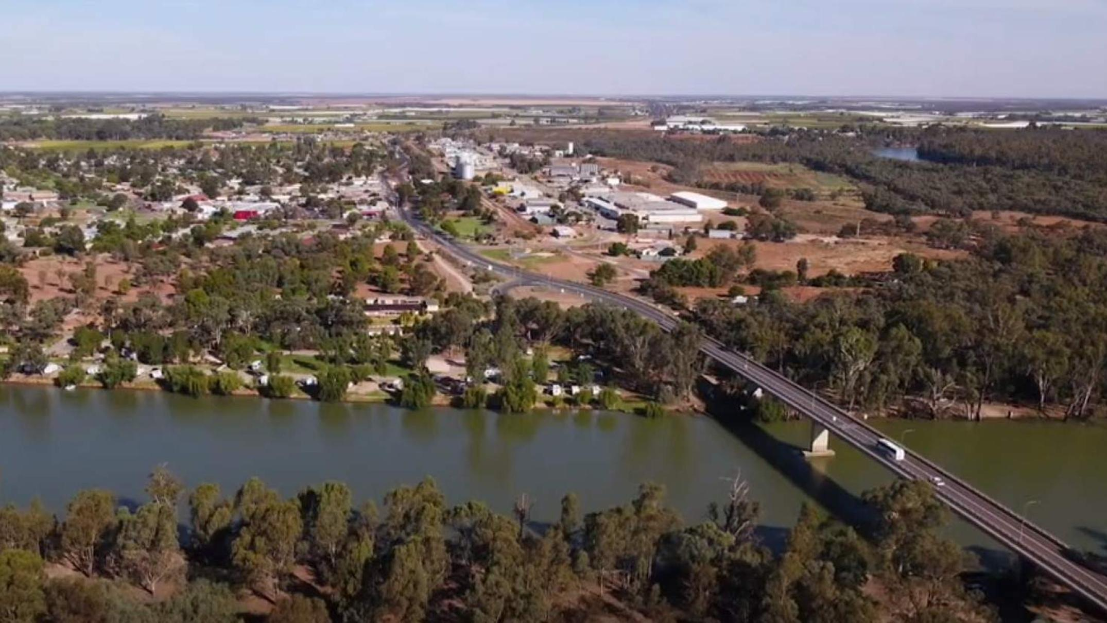 Murray River irrigator slapped with $131k handsome for unlawful water pick