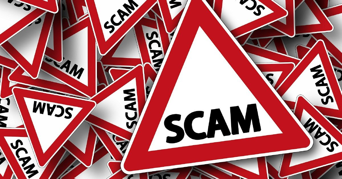 Hold up the cellular phone to preserve away from scammers