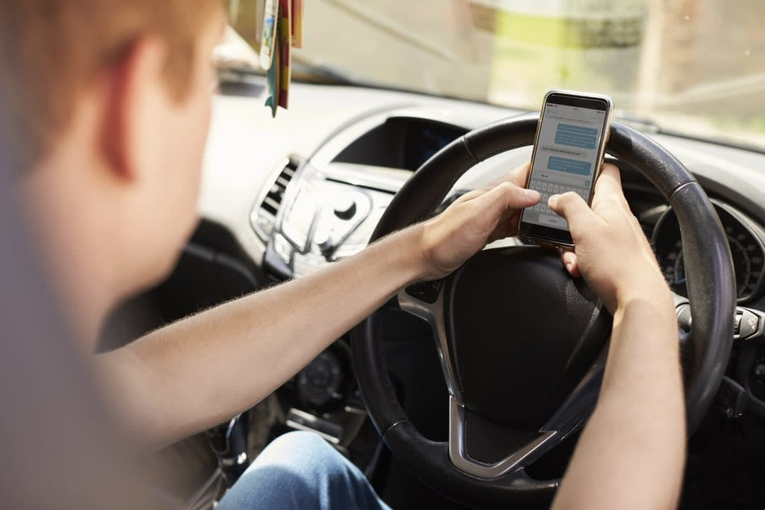 Nomophobia and illegal exhaust of cellphones on Australian roads