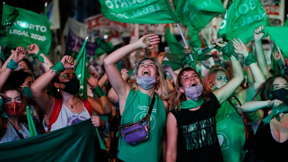 'We did it sisters': Argentina votes to legalise abortion