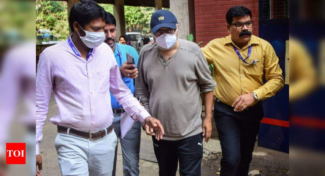 Rs 48L of jewelry learned in BARC ex-CEO's locker
