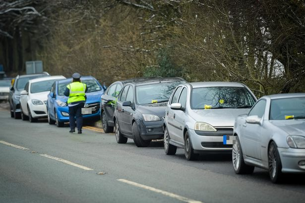 Drivers slapped with fines as of us flock to Dovestones Reservoir