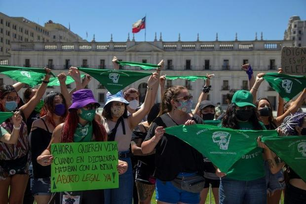 Abortion becomes lawful in Argentina as Chile starts a debate