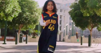 The Warriors honored Oakland native Kamala Harris with a transferring video