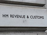 Scammers claiming to be from HMRC diagram almost 270,000 of us