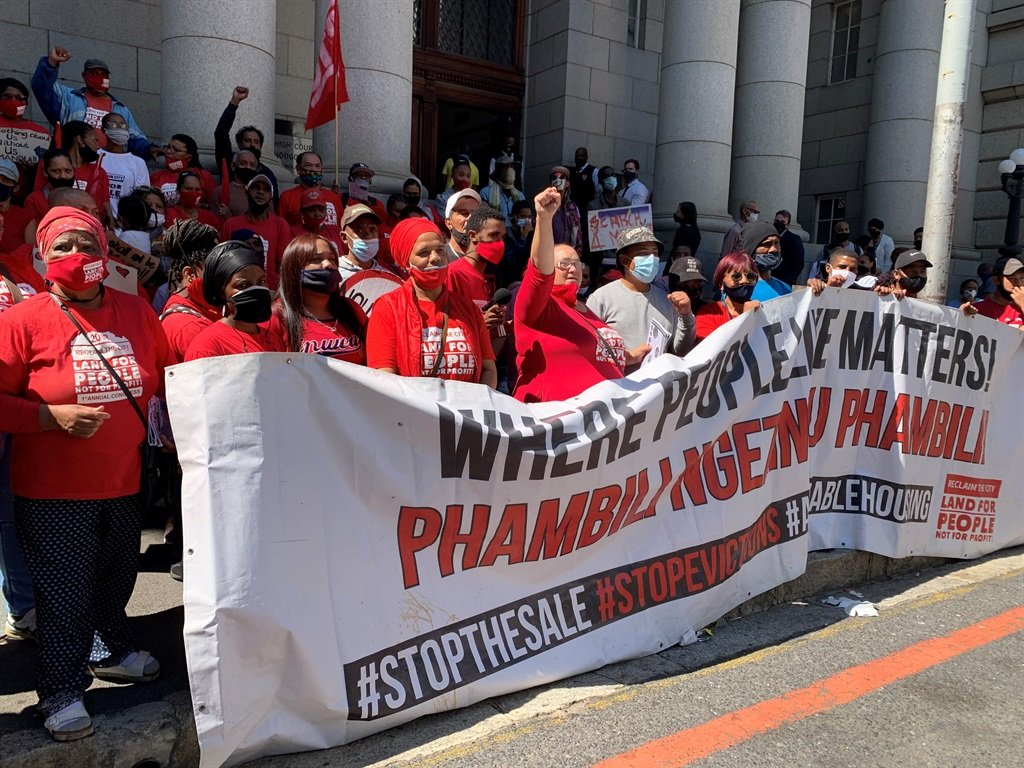 News24.com   Woodstock Clinical institution occupiers: 'Metropolis of Cape Town trying to earn a court docket tell about us, with out us'