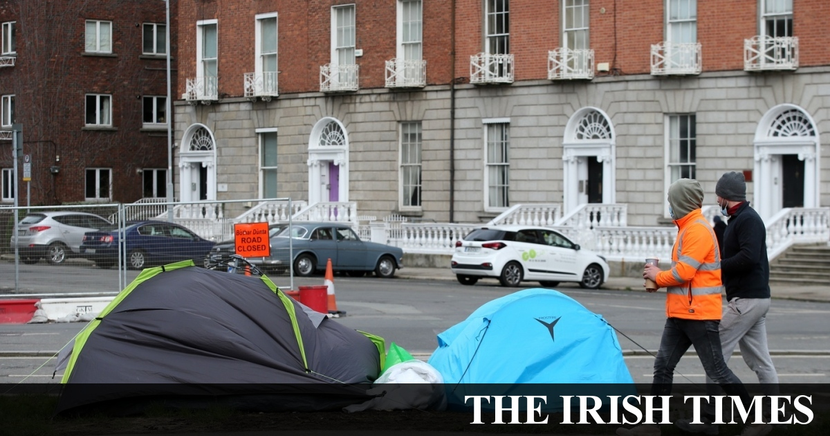 Homeless hold 'no acceptable acceptable' to pitch tents, says council chief