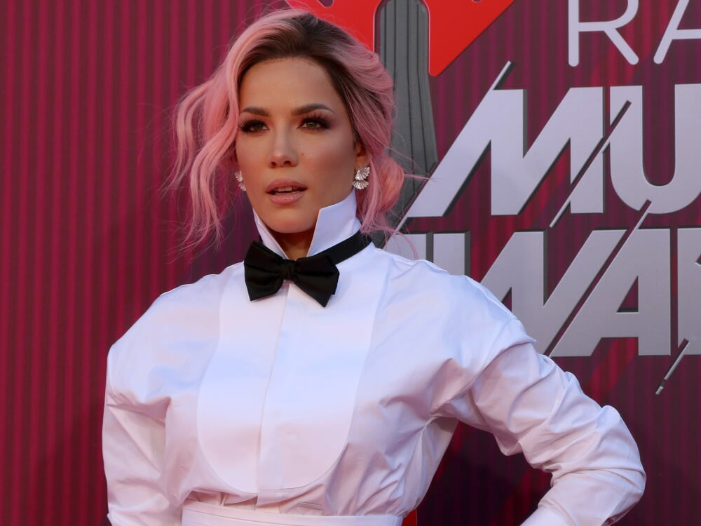 Halsey Crumbles Beneath Absurd Demands for a 'Keep off Warning'