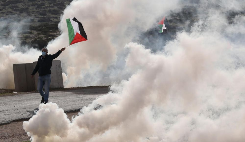 Palestinian opponents Hamas, Fatah to train about polls