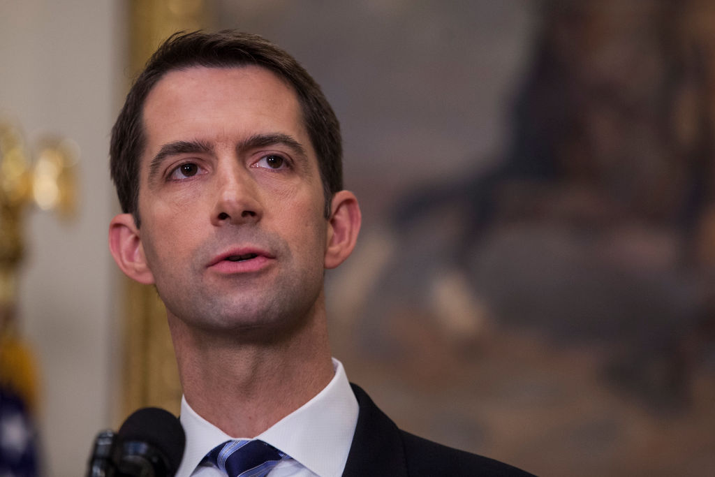 Sens. Romney, Cotton to Introduce Bill to Elevate Minimum Wage, Ban Companies from Hiring Illegal Aliens: What Would This Mean?