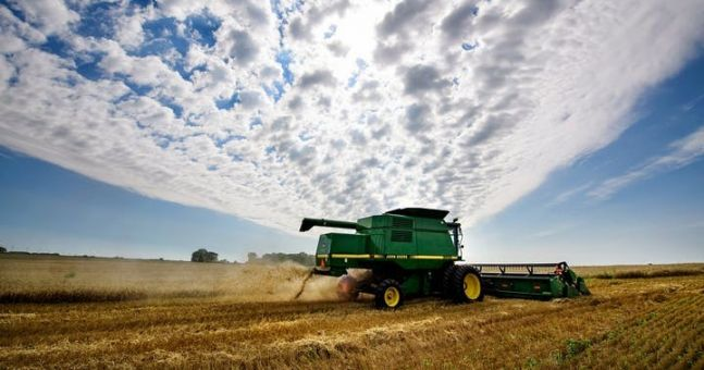 Warning over on-line fraud after farmer loses 'a pair of hundred thousand euros'