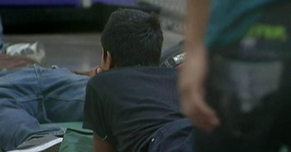 A full bunch of unaccompanied migrant young folks in custody past fair restrict