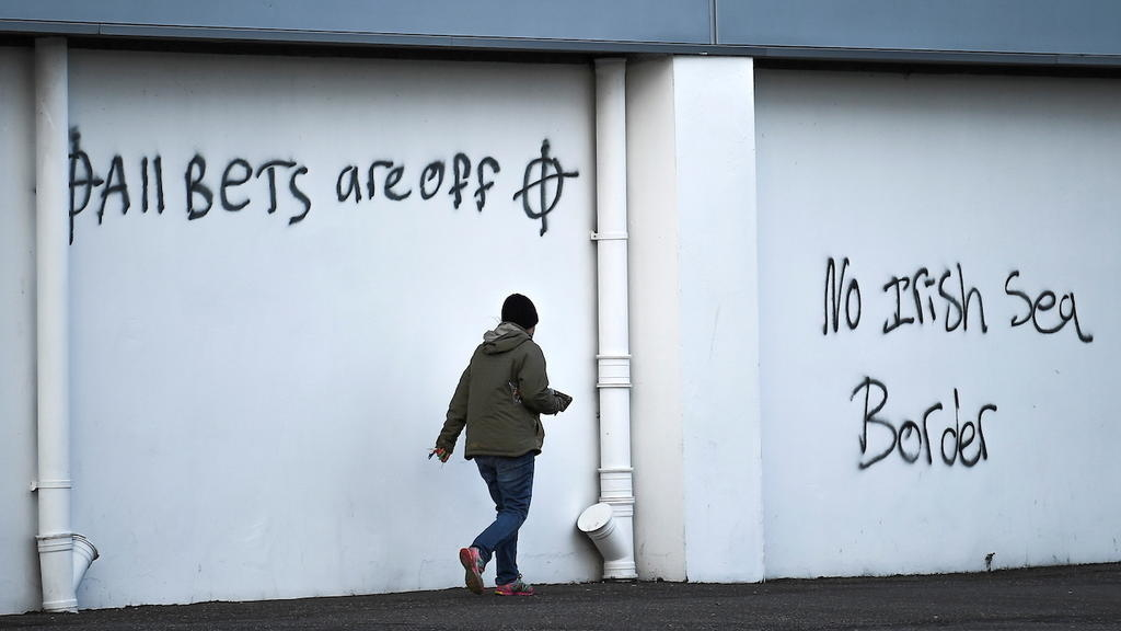 N. Eire paramilitary groups pull enhance for Factual Friday Agreement over Brexit guidelines
