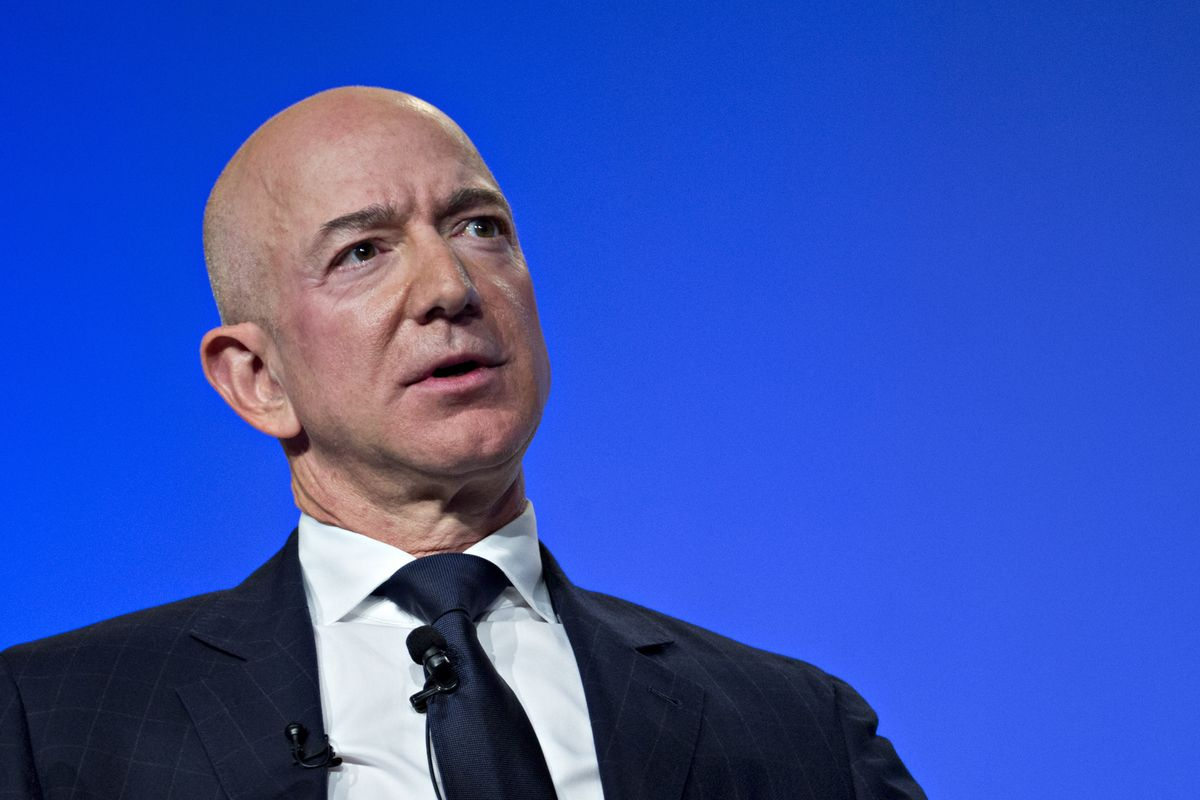 Bezos Will get Half of Right Charges from Female friend's Brother