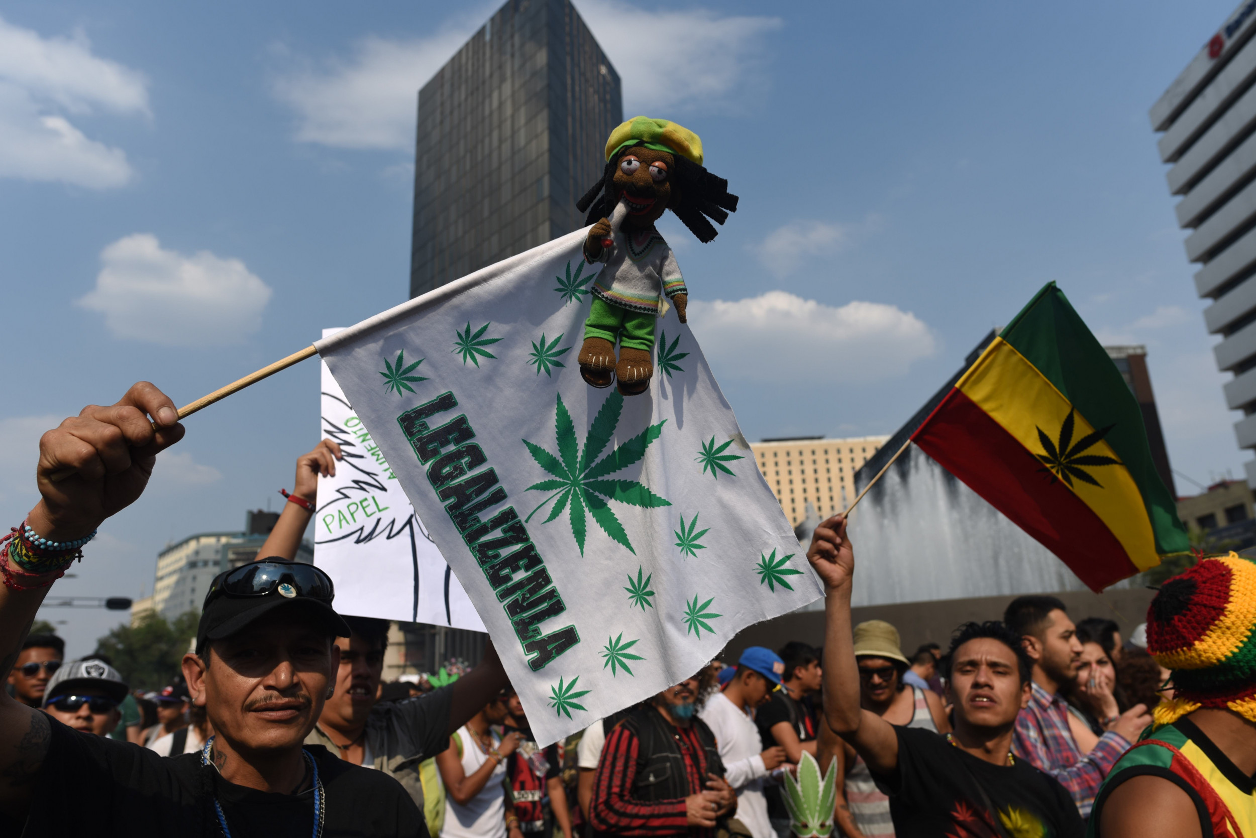 Mexico's Thought to Legalize Marijuana Would possibly perhaps presumably well moreover simply Stress Texas to Amplify Medical-Most effective Restriction