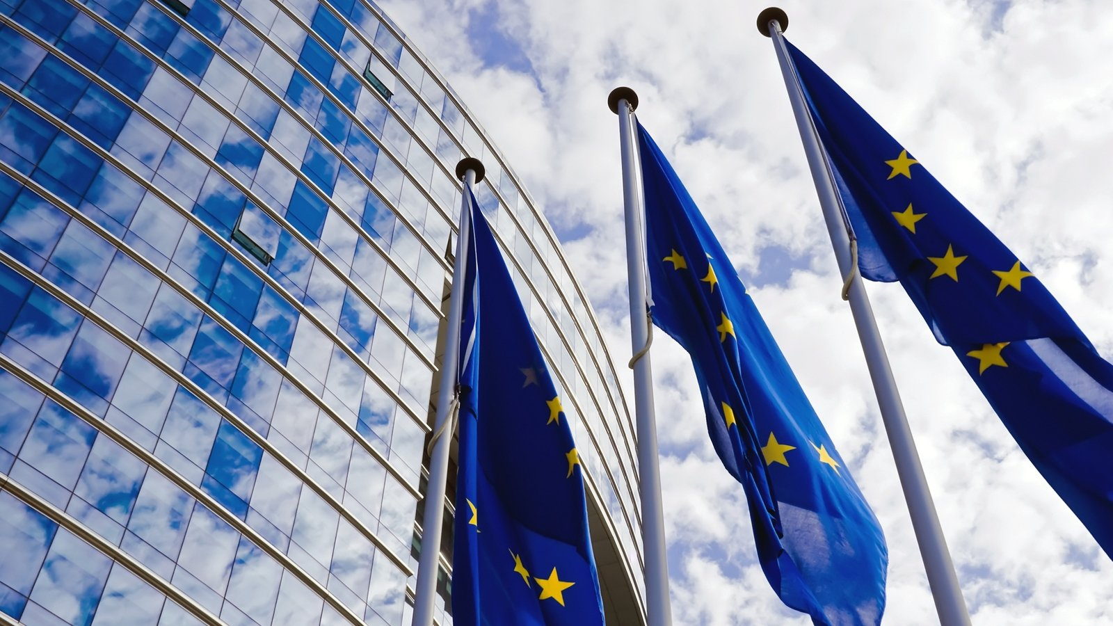 EU to recall authorized action over UK switch on protocol